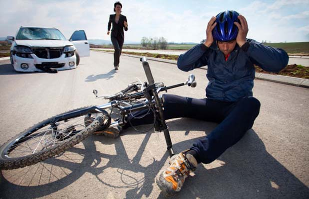 Dealing with a Bicycle Accident Involving a Car or Truck in Rochester